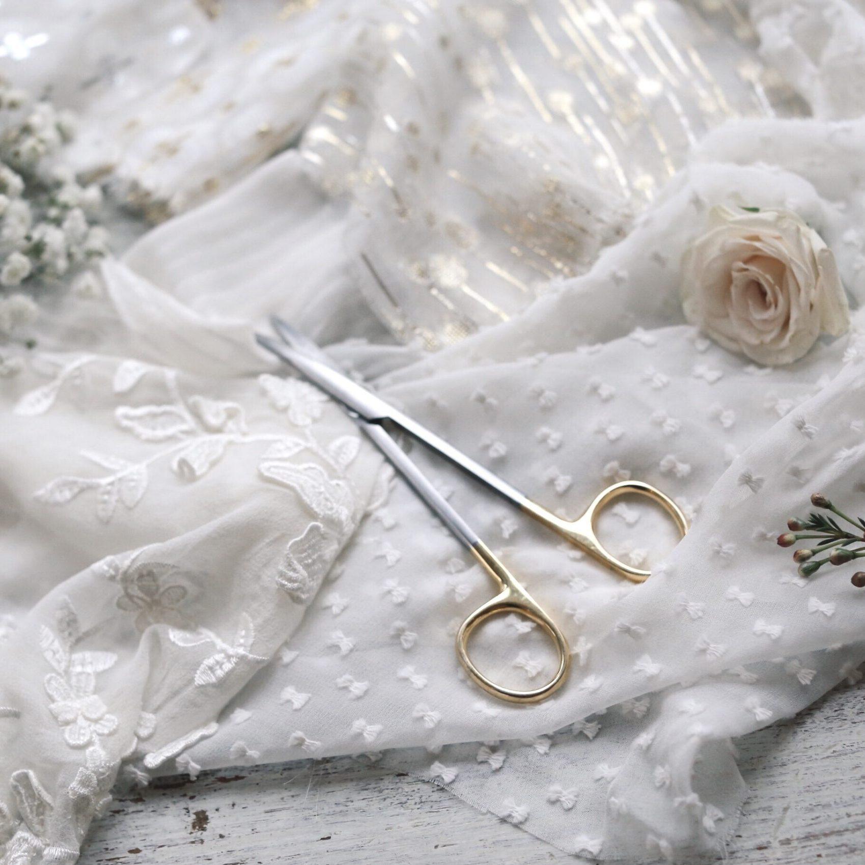 Diseño vestidos de novia románticos
